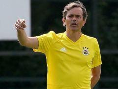 Fenerbahçe'de Phillip Cocu görevden alındı