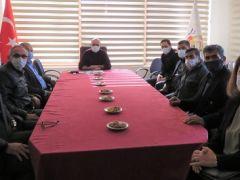 Başkan Uzundemir, Ortaca Belediyesinden emekliye ayrılan personele plaket takdim etti