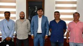 Paraşüt Pilotlarından Başkan Karaca'ya Ziyaret